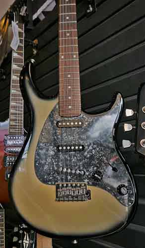 Creamy-Coffee-Electric-Guitar