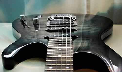 Foreshortened-Electric-Guitar-View