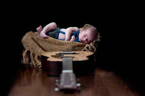 Sleeping-Baby-and-Guitar
